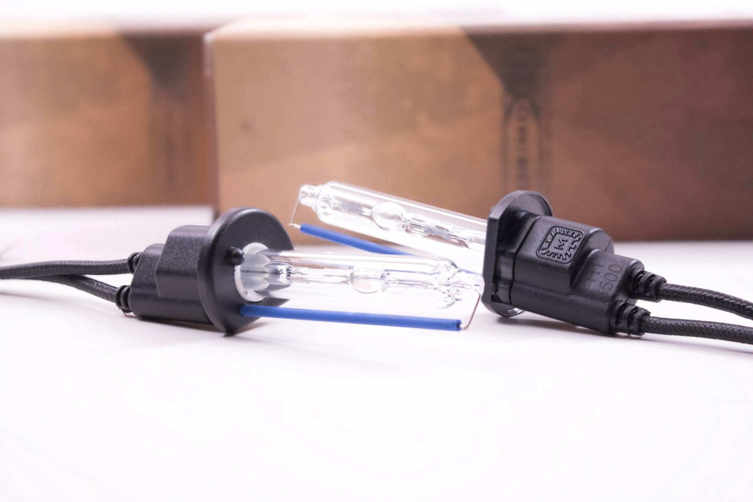 Morimoto Retro-Quik: Audi A4 B6 (02-06) | HID Kit Pros